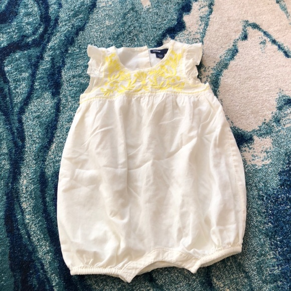 f65483b8bcb4 GAP Other - Baby gap baby girl romper 6-12 months ivory yellow